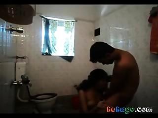 Kerala couple in bathroom blowjob to bf