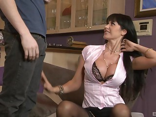 Mature mommy Eva Karera nearly stockings teaches a younger guy relating to sex