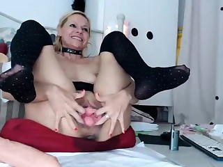 gaping added to large anal toys