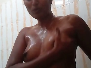 Torrid bush-leaguer topless nympho plays with her lubed small special